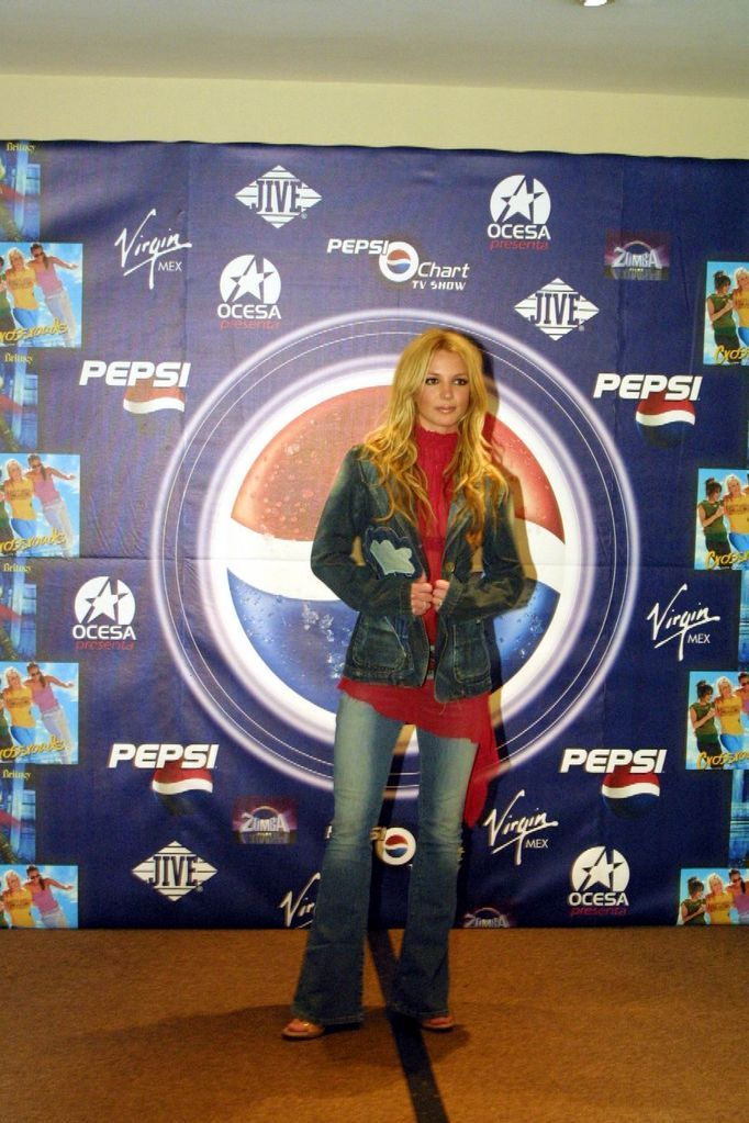 Press Conference in Mexico 2002