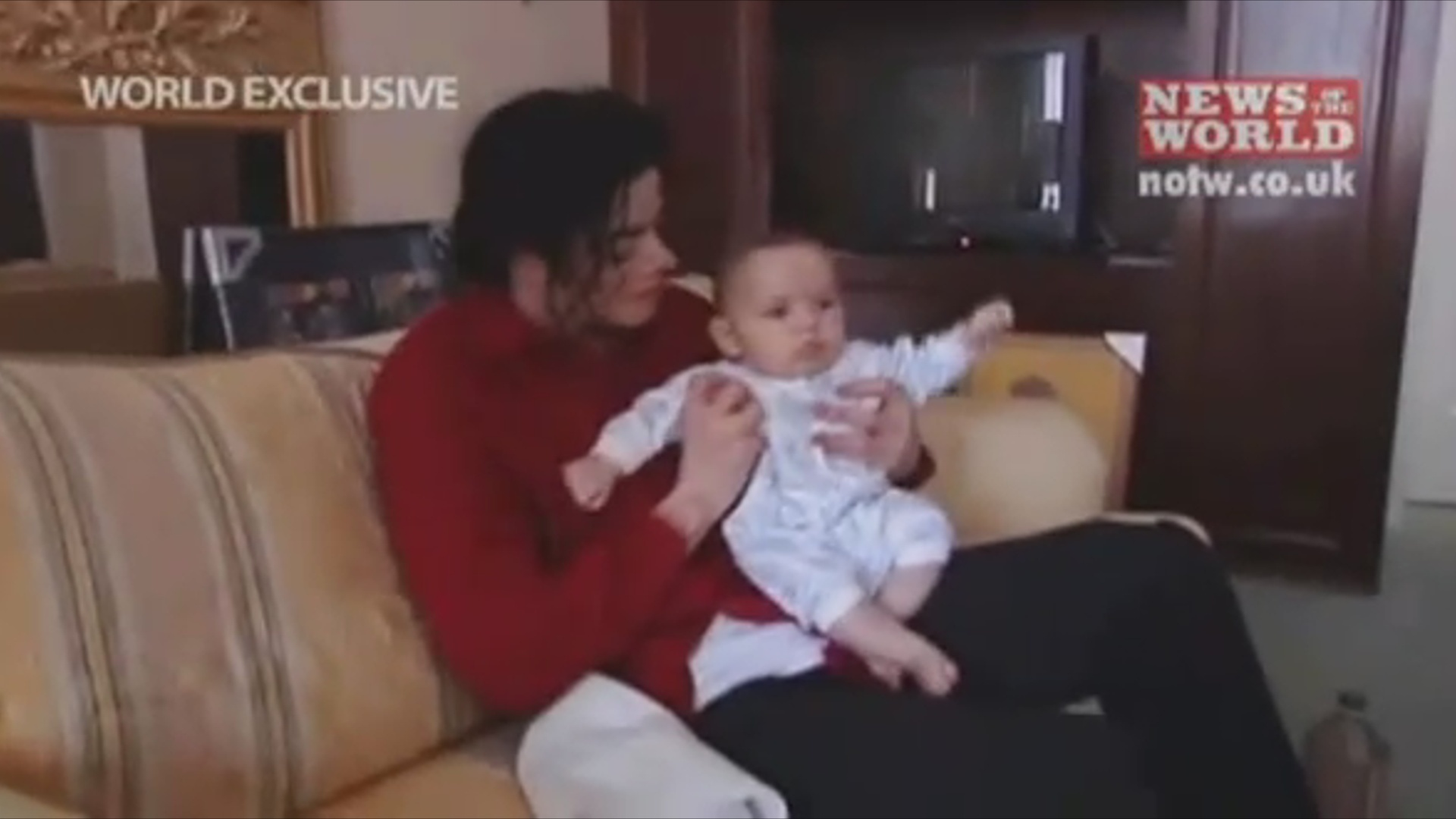 Prince puking as a baby - prince-michael-jackson