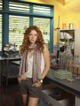 Rachelle Lefevre 表示する Off the Map on ABC