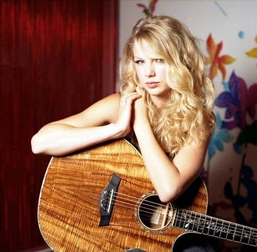 Taylor Swift - Photoshoot #050: The Observer (2008)