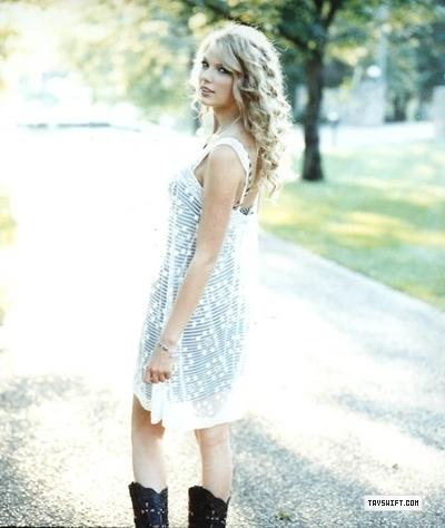 Taylor rápido, swift - Photoshoot #054: US Weekly (2008)