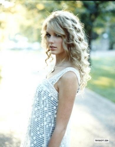 Taylor Swift - Photoshoot #054: US Weekly (2008)