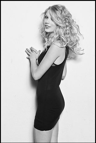 Taylor 迅速, スウィフト - Photoshoot #059: Women's Health (2008)