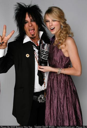Taylor mwepesi, teleka - Photoshoot #060: Young Hollywood Awards portraits (2008)