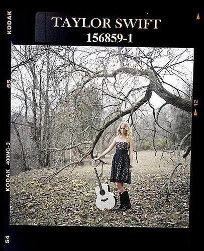 Taylor 迅速, 斯威夫特 - Photoshoot #078: Q (2009)