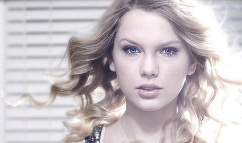 Taylor 迅速, スウィフト - Photoshoot #078: Q (2009)