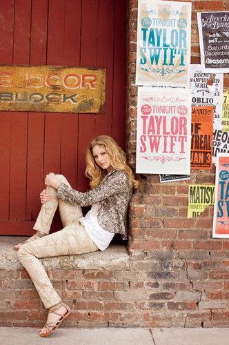Taylor mwepesi, teleka - Photoshoot #084: Teen Vogue (2009)