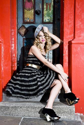 Taylor 迅速, スウィフト - Photoshoot #088: Diana Gomez (2009)