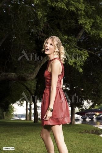 Taylor Swift - Photoshoot #093: Bliss (2009)