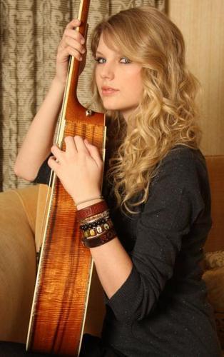 Taylor matulin - Photoshoot #098: Wayne Starr (2009)