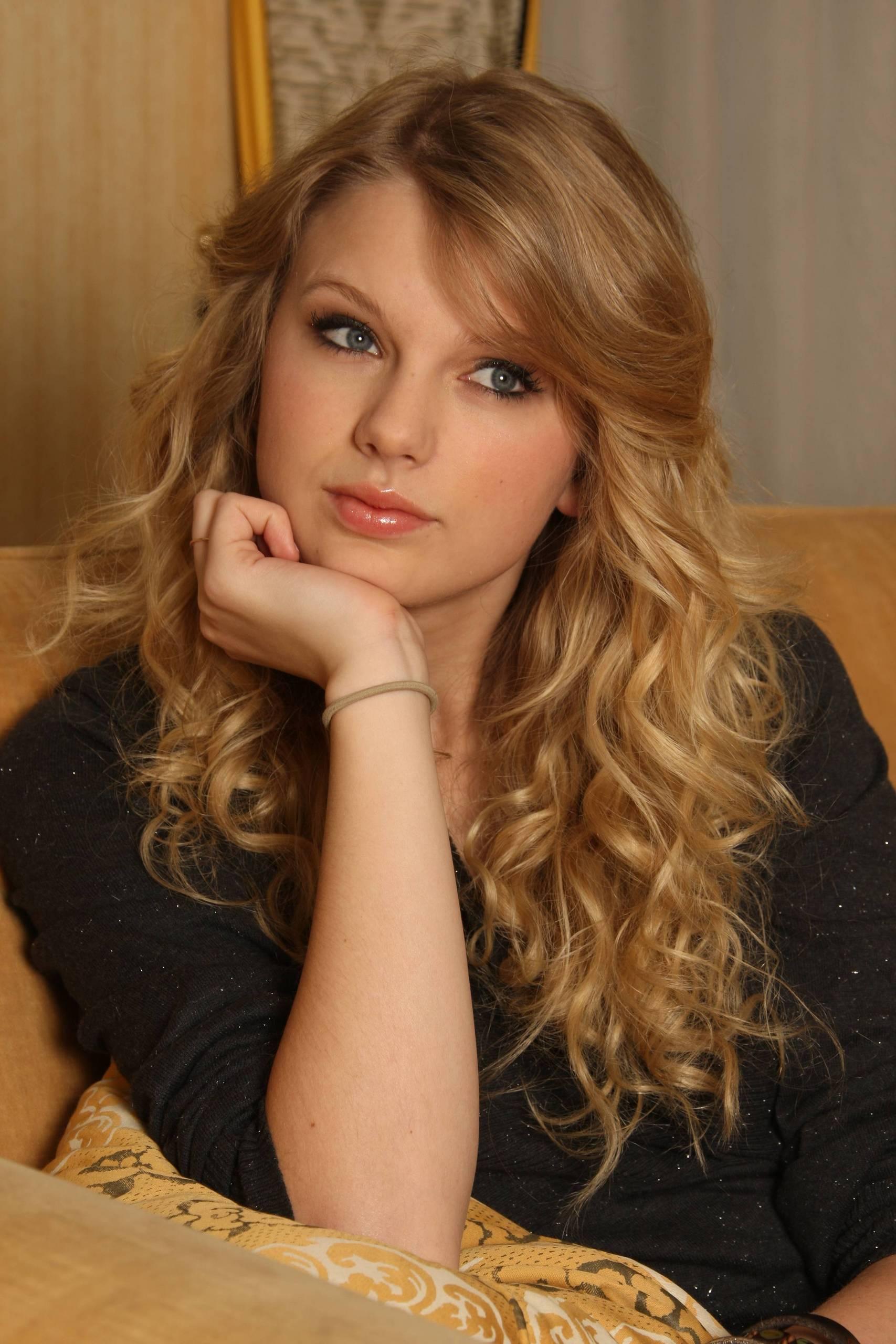 Taylor Starr Nude Photos 5