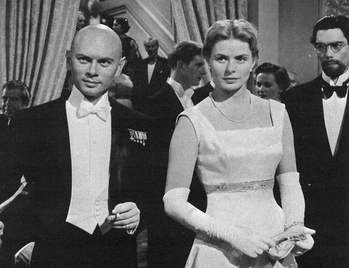 Yul Brynner wallpaper containing a business suit called Yul Brynner and Ingrid Bergman - Anastasia