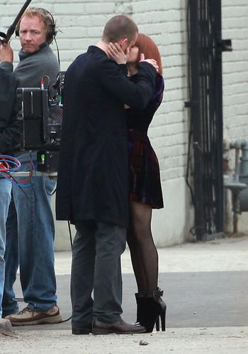 "[12.15.10] Amanda on the set of ""Now"""