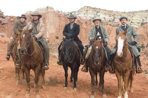 Alan Tudyk, Christian Bale, Russell Crowe, Peter Fonda, & Lennie Loftin