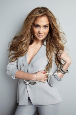 Jennifer Lopez Photoshoot on Jennifer Lopez American Idol Promo  2011  Photoshoot