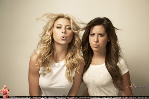 Ashley Tisdale & Aly Michalka