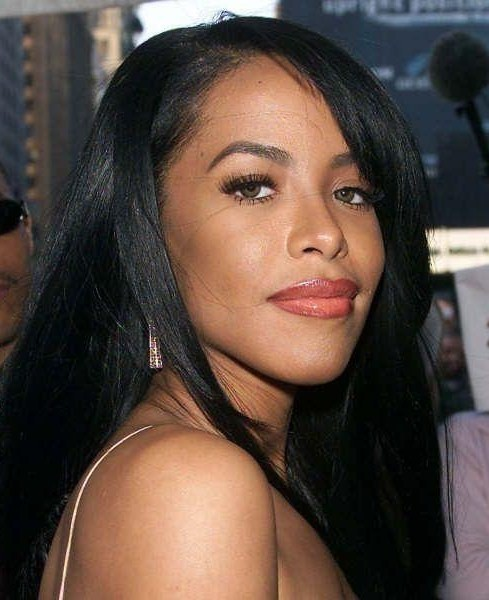 Beautiful-Aaliyah-aaliyah-18091910-489-600.jpg