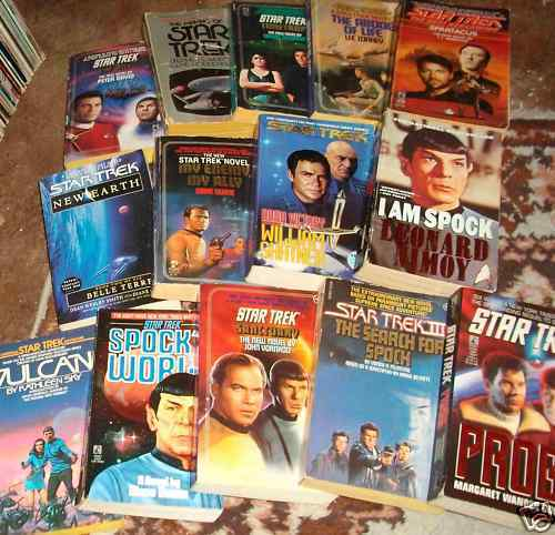 ster Trek boeken achtergrond with anime titled Book collections