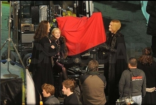 Breaking Dawn set - December 15, 2010