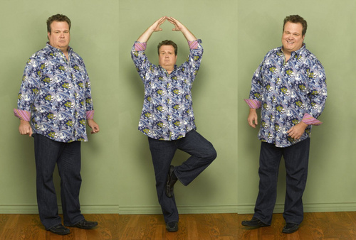 Modern Family wallpaper possibly containing long trousers, a pantleg, and flannel titled Cam & Mitch