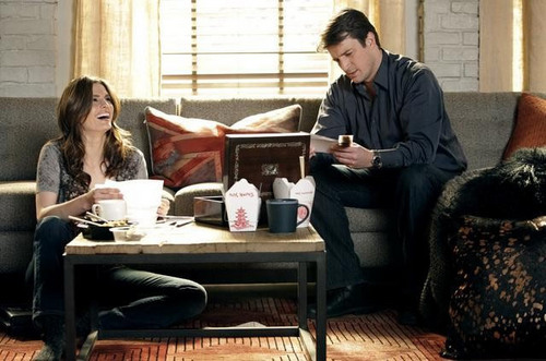 Kate Beckett দেওয়ালপত্র with a living room, a drawing room, and a parlor called Castle_3x13_Knockdown_Promo pics