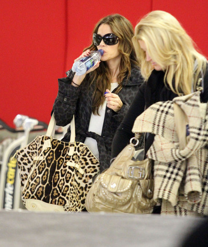 Denise Richards wallpaper with sunglasses titled Denise @ LAX