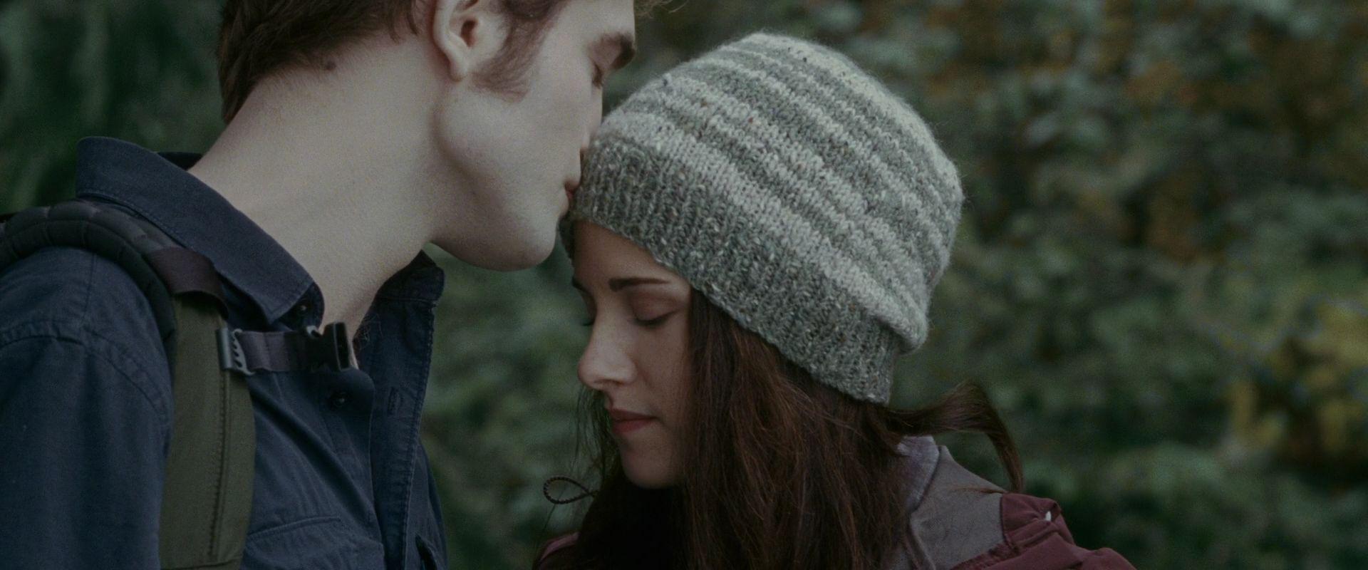 Robert Pattinson Edward Cullen - newhairstylesformen2014.com