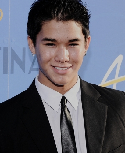 Boo Boo Stewart 바탕화면 with a business suit titled 팬 Arts