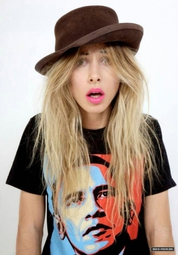 Gillian Zinser wallpaper possibly with a jersey, a top, and a portrait titled Gillian Zinser