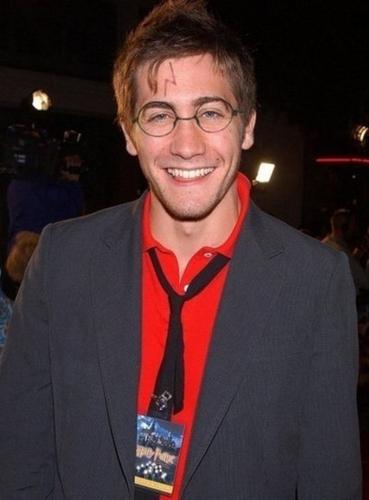 Jake Gyllenhaal as Harry Potter :))