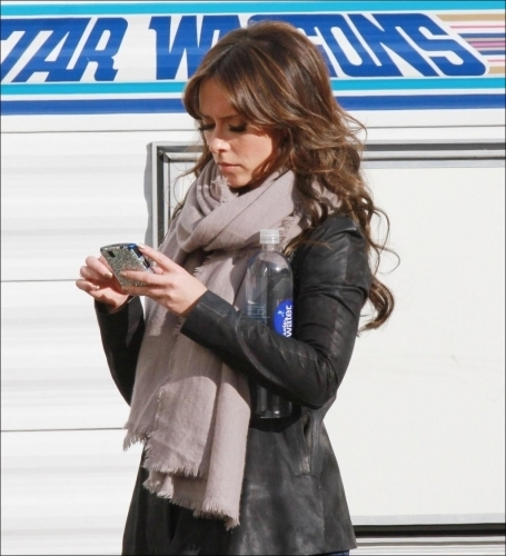 "Jennifer on ""The Nawawala Valentine"" Set"