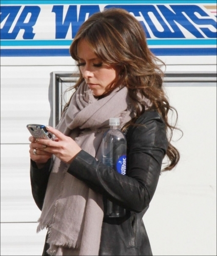"Jennifer on ""The 迷失 Valentine"" Set"