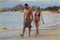 LeAnn Rimes & Eddie Cibrian: Cabo Couple - leann-rimes photo