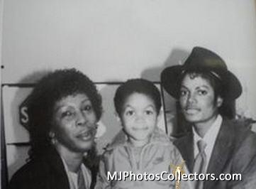 MJ s2