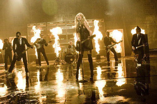 Picture To Burn موسیقی Video photoshoot