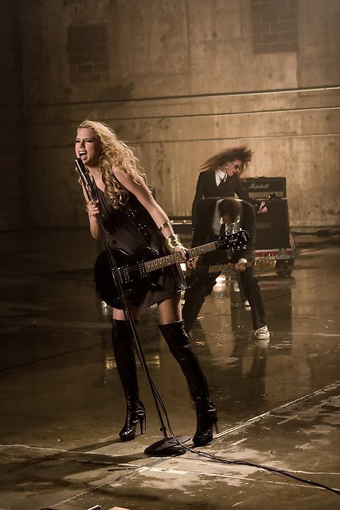 Picture To Burn Music Video photoshoot - Taylor Swift ...