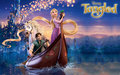 Rapunzel, Flynn, Pascal and Maximus in perahu