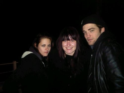 Rob and Kristen spends NYE together at IOW