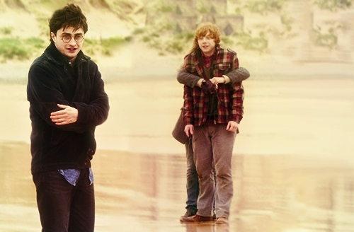 romione needs some privacy