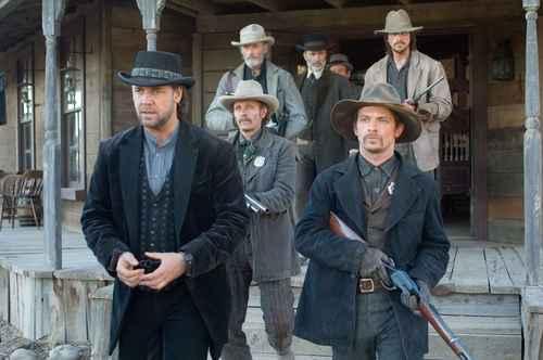 Russell Crowe, Chad Brummett, Luce Rains, Peter Fonda, Christian Bale, & Lonnie Leftin