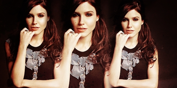 I'll be There for You - Page 2 Sophia-Banner-sophia-bush-18023324-600-300