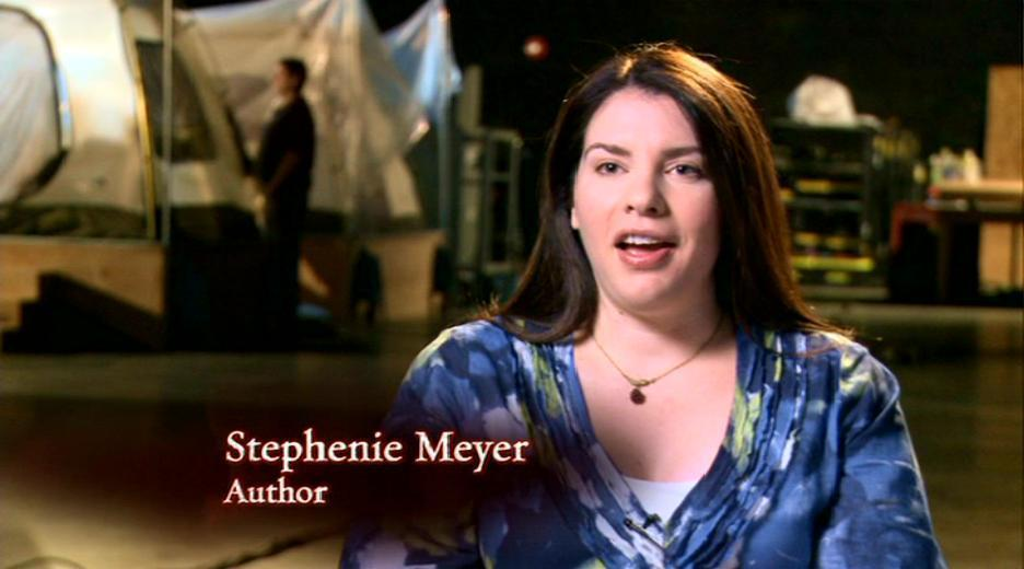 stephenie meyer writing a new book becoming edward