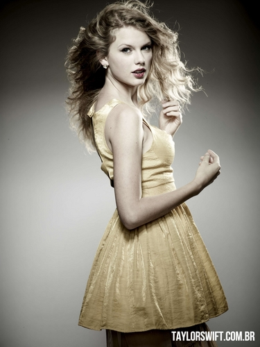 Taylor rapide, swift - Photoshoot #115: Parade (2010)