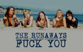 The Runaways on the plage