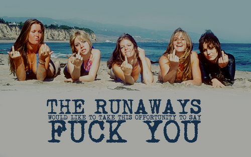 The Runaways on the 海滩