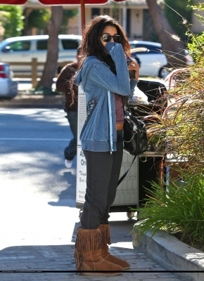 Vanessa out in LA HQ