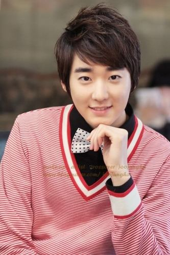 ✿¸.•*¨Kevin`*•..¸✿