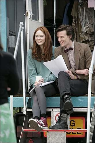 Matt Smith & Karen Gillan wallpaper entitled :) xxx