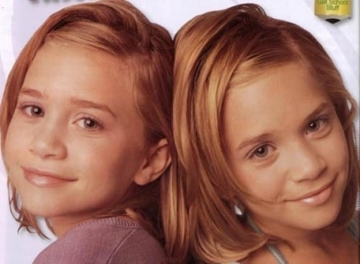Mary-Kate & Ashley Olsen 壁纸 with a portrait called 1998 - Billboard Dad
