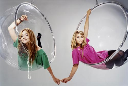 Mary-Kate & Ashley Olsen wallpaper called 2003 October - Teen Vogue Magazine